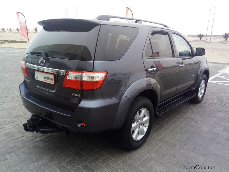 used toyota fortuner 3 0 d4d 4x4 2009 fortuner 3 0 d4d 4x4 for sale swakopmund toyota. Black Bedroom Furniture Sets. Home Design Ideas
