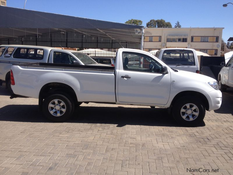 used toyota hilux 2 5 d4d r body 2009 hilux 2 5 d4d r body for sale windhoek toyota hilux 2. Black Bedroom Furniture Sets. Home Design Ideas