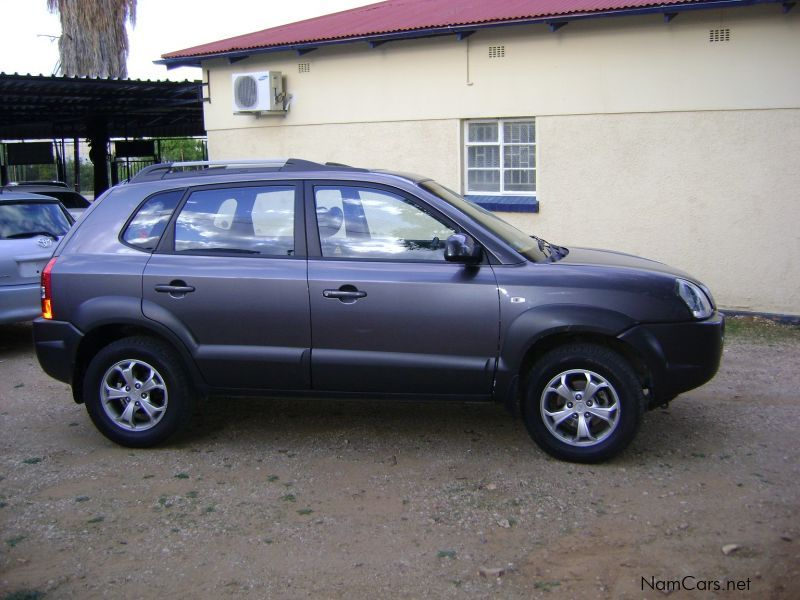 used hyundai tucson 2 0 gls 2010 tucson 2 0 gls for sale windhoek hyundai tucson 2 0 gls. Black Bedroom Furniture Sets. Home Design Ideas