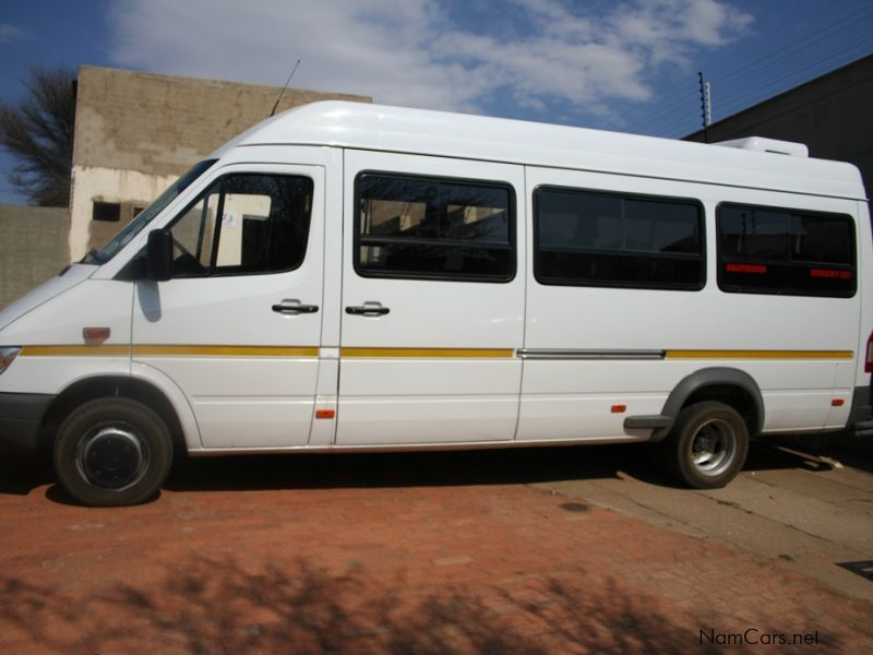 Used mercedes benz sprinter bus 416 cdi 18 seater lux for Mercedes benz sprinter used for sale