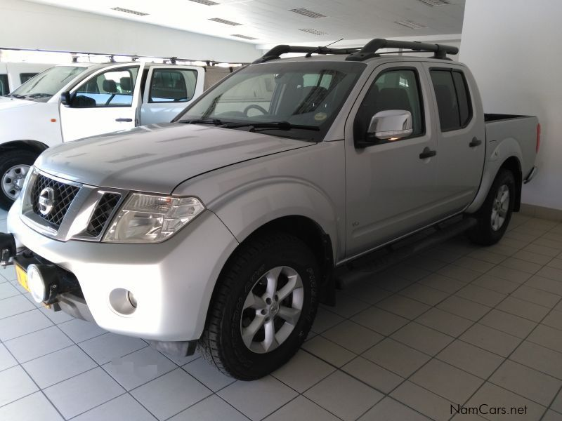 used nissan navara 3 0 tdi v6 a t 4x4 2010 navara 3 0 tdi v6 a t 4x4 for sale walvis bay. Black Bedroom Furniture Sets. Home Design Ideas