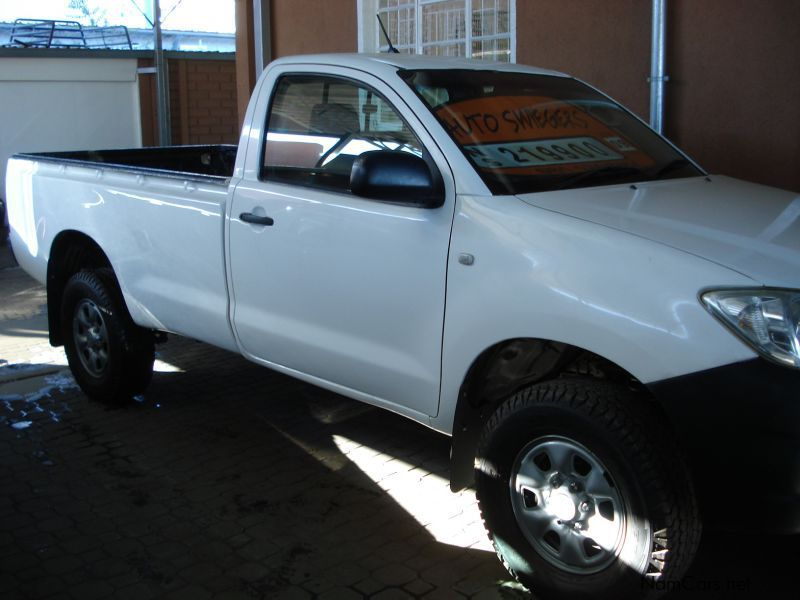 used toyota hilux 2 5 d4d 4x4 s c 2010 hilux 2 5 d4d 4x4 s c for sale windhoek toyota hilux. Black Bedroom Furniture Sets. Home Design Ideas
