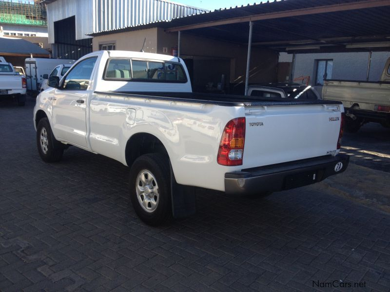 used toyota hilux 2 5 d4d r body 2010 hilux 2 5 d4d r body for sale windhoek toyota hilux 2. Black Bedroom Furniture Sets. Home Design Ideas