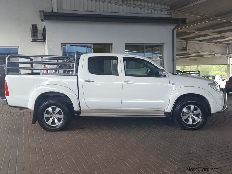 used toyota hilux 3 0 d4d r b a t 2010 hilux 3 0 d4d r b a t for sale windhoek toyota hilux. Black Bedroom Furniture Sets. Home Design Ideas