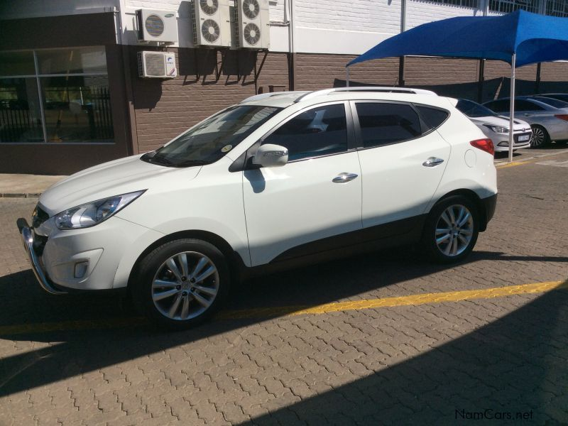 used hyundai ix35 2 4 elite 4wd auto 2011 ix35 2 4 elite 4wd auto for sale windhoek hyundai. Black Bedroom Furniture Sets. Home Design Ideas