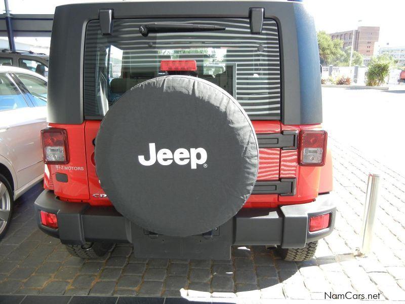 used jeep wrangler sahara 2 8 crd 2011 wrangler sahara 2 8 crd for sale windhoek jeep. Black Bedroom Furniture Sets. Home Design Ideas