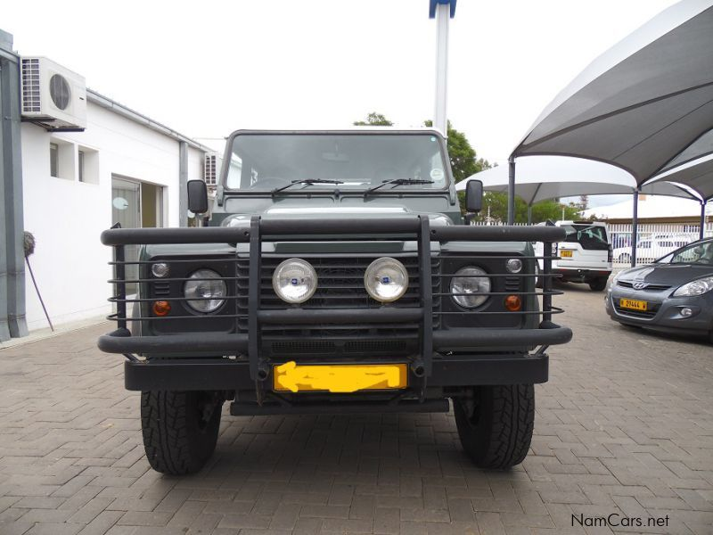 used land rover defender 130 d c 2 2 4x4 2011 defender. Black Bedroom Furniture Sets. Home Design Ideas