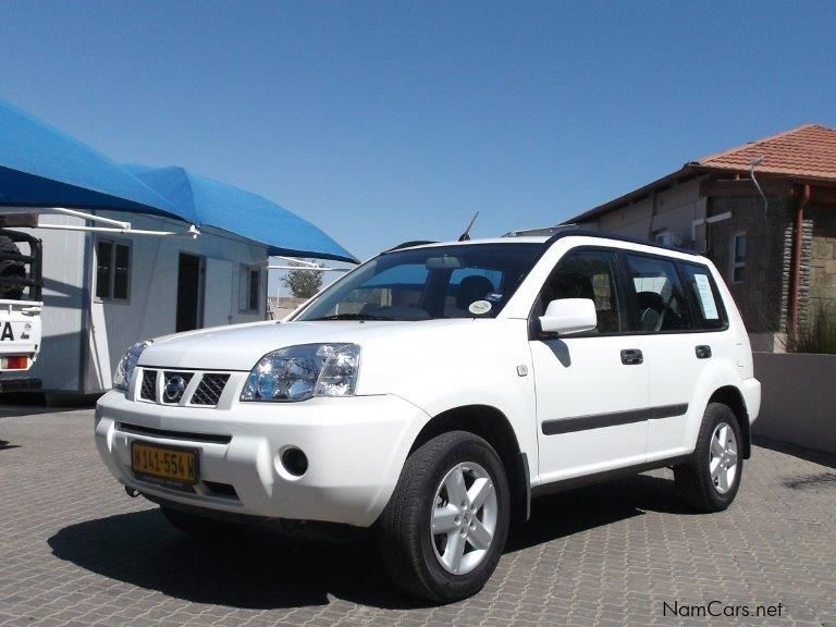 used nissan x trail 2 2 diesel 4x4 2011 x trail 2 2 diesel 4x4 for sale windhoek nissan x. Black Bedroom Furniture Sets. Home Design Ideas