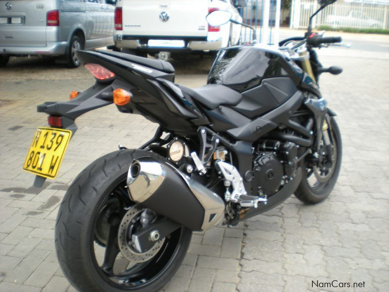 used suzuki gsr 750 2011 gsr 750 for sale windhoek suzuki gsr 750 sales suzuki gsr 750. Black Bedroom Furniture Sets. Home Design Ideas