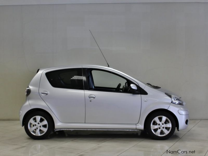 used toyota aygo 2011 aygo for sale windhoek toyota aygo sales toyota aygo price n 89 900. Black Bedroom Furniture Sets. Home Design Ideas