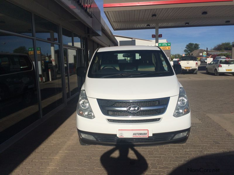 used hyundai h 1 2 4 gls 2012 h 1 2 4 gls for sale mariental hyundai h 1 2 4 gls sales. Black Bedroom Furniture Sets. Home Design Ideas