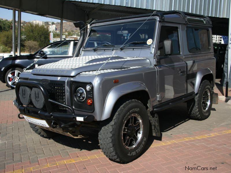 used land rover defender puma sw 90 2 2 diesel 4x4 2012 defender puma sw 90 2 2 diesel 4x4 for. Black Bedroom Furniture Sets. Home Design Ideas