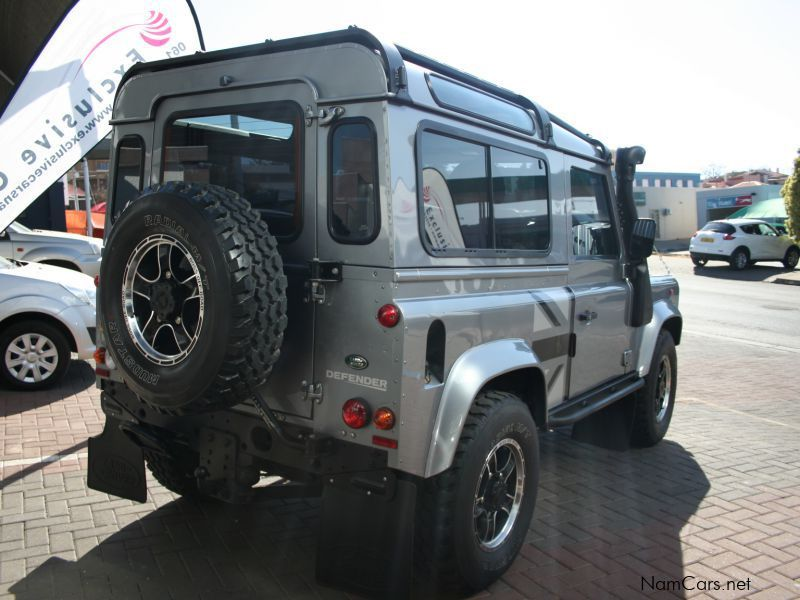 used land rover defender puma sw 90 2 2 diesel 4x4 2012. Black Bedroom Furniture Sets. Home Design Ideas