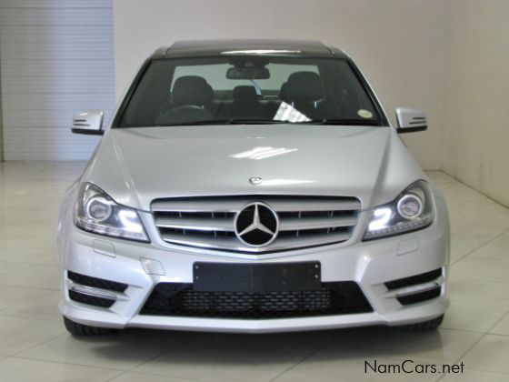 used mercedes benz c 200 kompressor 2012 c 200. Black Bedroom Furniture Sets. Home Design Ideas