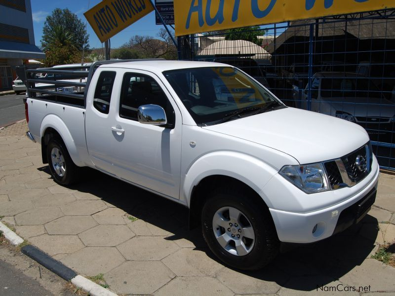 used nissan navara 2 5 king cab 2012 navara 2 5 king cab. Black Bedroom Furniture Sets. Home Design Ideas
