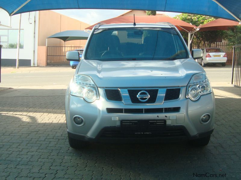 used nissan x trail 2 0 dci 4x4 automatic 2012 x trail 2 0 dci 4x4 automatic for sale. Black Bedroom Furniture Sets. Home Design Ideas