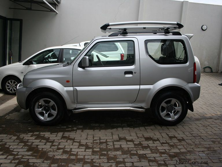 used suzuki jimny 1 3 manual 4x4 2012 jimny 1 3 manual 4x4 for sale windhoek suzuki jimny 1. Black Bedroom Furniture Sets. Home Design Ideas