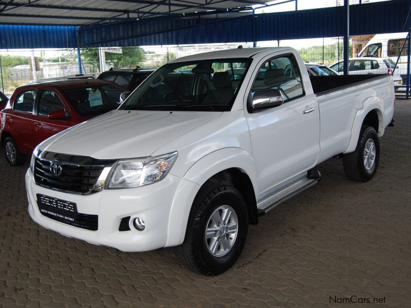 used toyota hilux 2 7 vvti 2012 hilux 2 7 vvti for sale windhoek toyota hilux 2 7 vvti sales. Black Bedroom Furniture Sets. Home Design Ideas