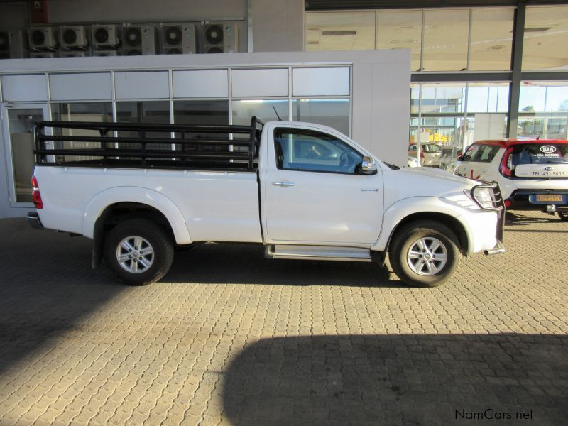 used toyota hilux 3 0 d4d raider 4x4 single cab 2012 hilux 3 0 d4d raider 4x4 single cab for. Black Bedroom Furniture Sets. Home Design Ideas