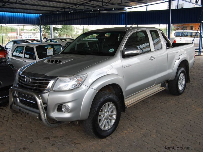 used toyota hilux 30 d4d 4x4 extended cab 2012 hilux 30 d4d 4x4 extended cab for sale. Black Bedroom Furniture Sets. Home Design Ideas