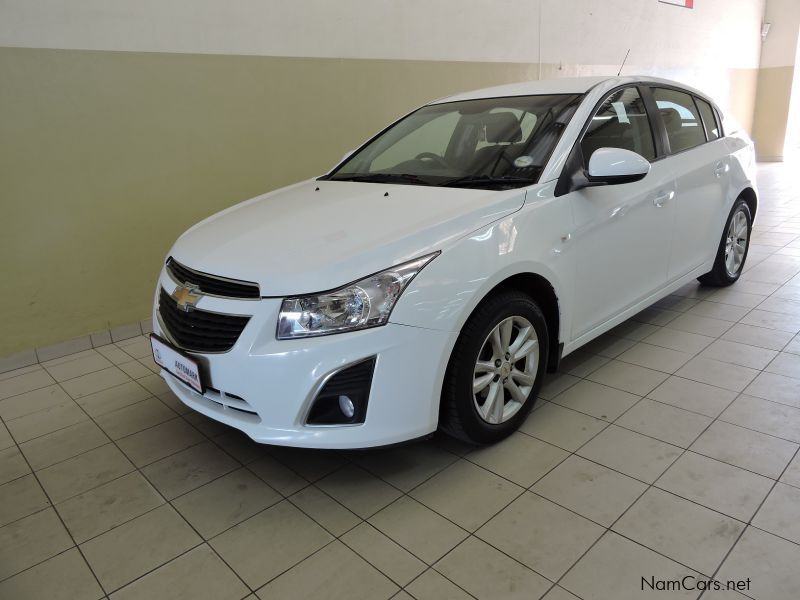 used chevrolet cruze 1 8ls hb 2013 cruze 1 8ls hb for sale walvis bay chevrolet cruze 1 8ls. Black Bedroom Furniture Sets. Home Design Ideas