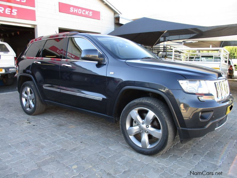 used jeep grand cherokee overlander v8 2013 grand cherokee overlander v8 for sale okahandja. Black Bedroom Furniture Sets. Home Design Ideas