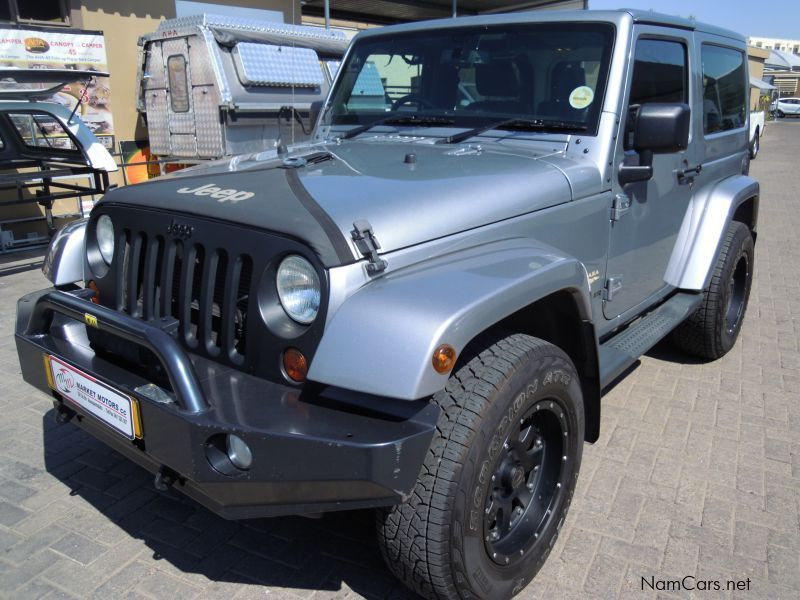 used jeep wrangler sahara 3 6 v6 a t 2013 wrangler. Black Bedroom Furniture Sets. Home Design Ideas