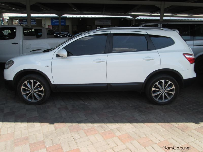 used nissan qashqai 2 acenta 2013 qashqai 2 acenta for sale windhoek nissan qashqai 2. Black Bedroom Furniture Sets. Home Design Ideas