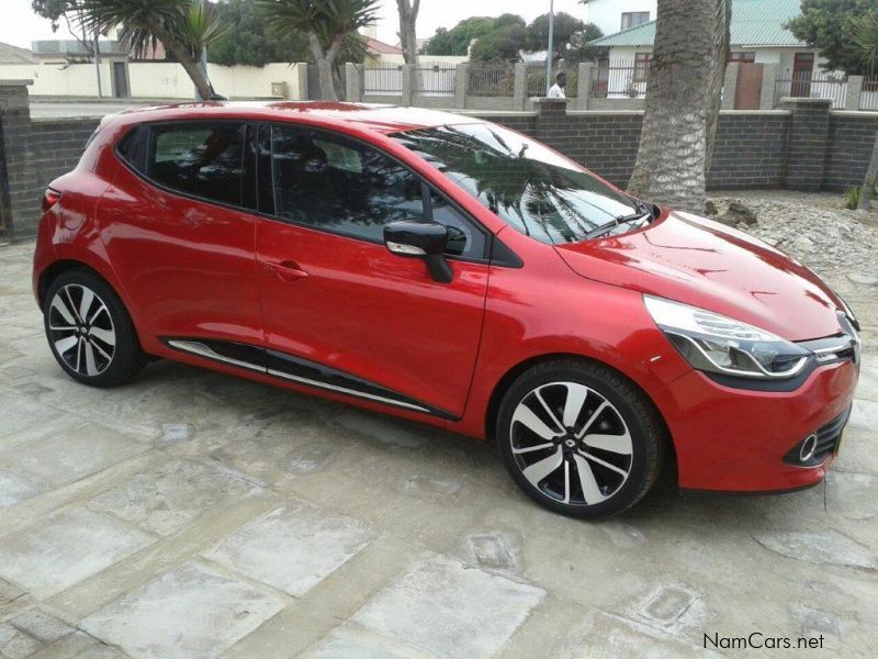 used renault clio iv 900 t dynamique 5dr 2013 clio iv 900 t dynamique 5dr for sale windhoek. Black Bedroom Furniture Sets. Home Design Ideas