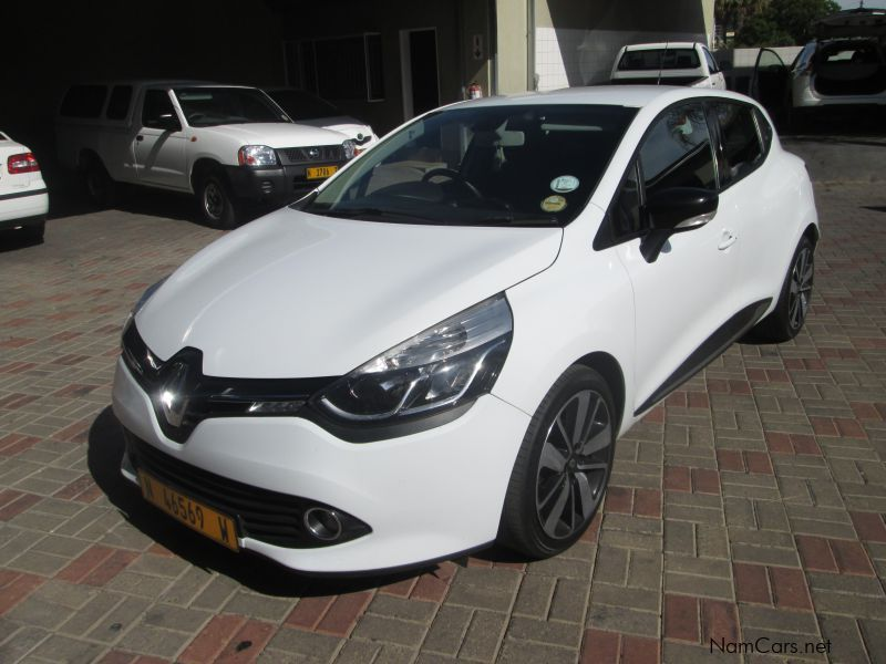 used renault clio iv 900 turbo dynamique 2013 clio iv 900 turbo dynamique for sale windhoek. Black Bedroom Furniture Sets. Home Design Ideas