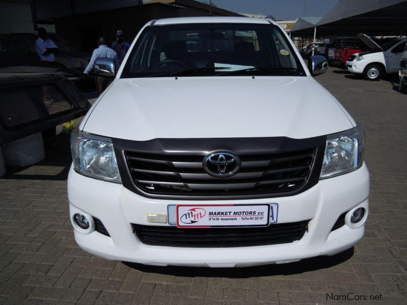 Used Toyota HILUX 2.0 VVT-I