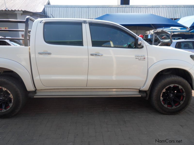 used toyota hilux 3 0 d4d 4x4 d c 2013 hilux 3 0 d4d 4x4 d c for sale windhoek toyota hilux. Black Bedroom Furniture Sets. Home Design Ideas