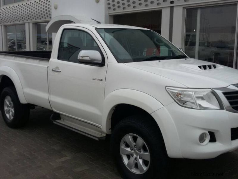 used toyota hilux 3 0 d4d s cab 4x4 raider 2013 hilux 3 0 d4d s cab 4x4 raider for sale. Black Bedroom Furniture Sets. Home Design Ideas