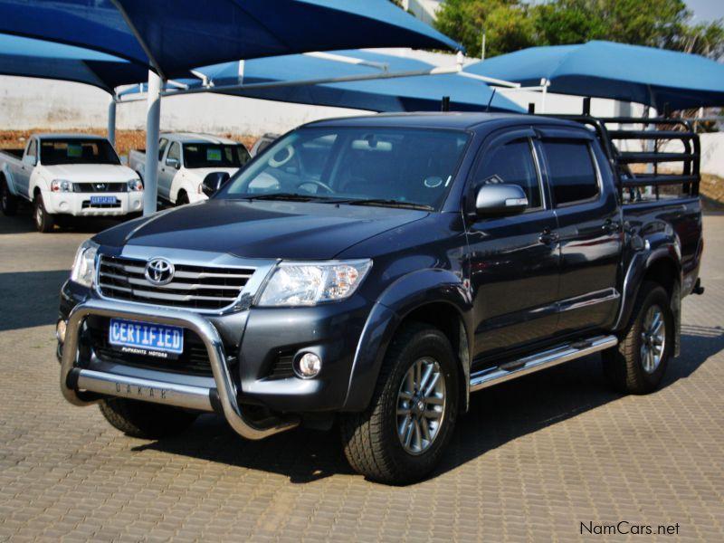 Toyota Dakar 2013: The Imperial Toyota Hilux 2 - YouTube
