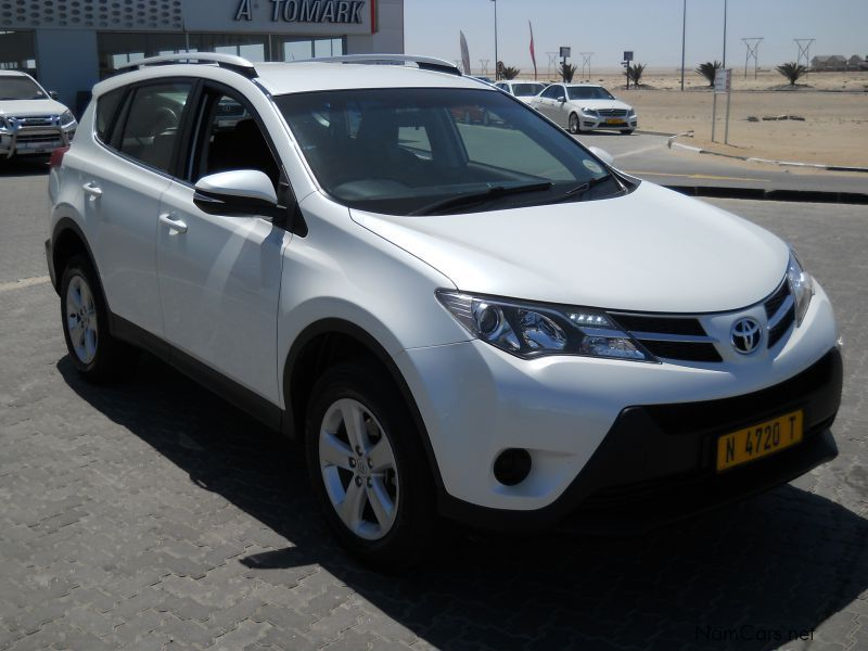 used toyota rav4 2 0 2013 rav4 2 0 for sale swakopmund toyota rav4 2 0 sales toyota rav4 2. Black Bedroom Furniture Sets. Home Design Ideas