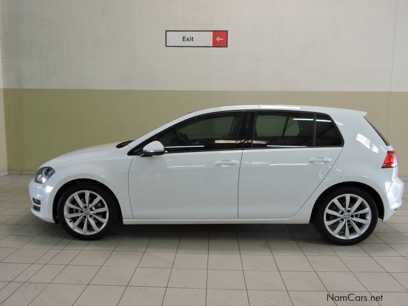used volkswagen golf 7 1 4 tsi comfortline 2013 golf 7 1 4 tsi comfortline for sale walvis. Black Bedroom Furniture Sets. Home Design Ideas
