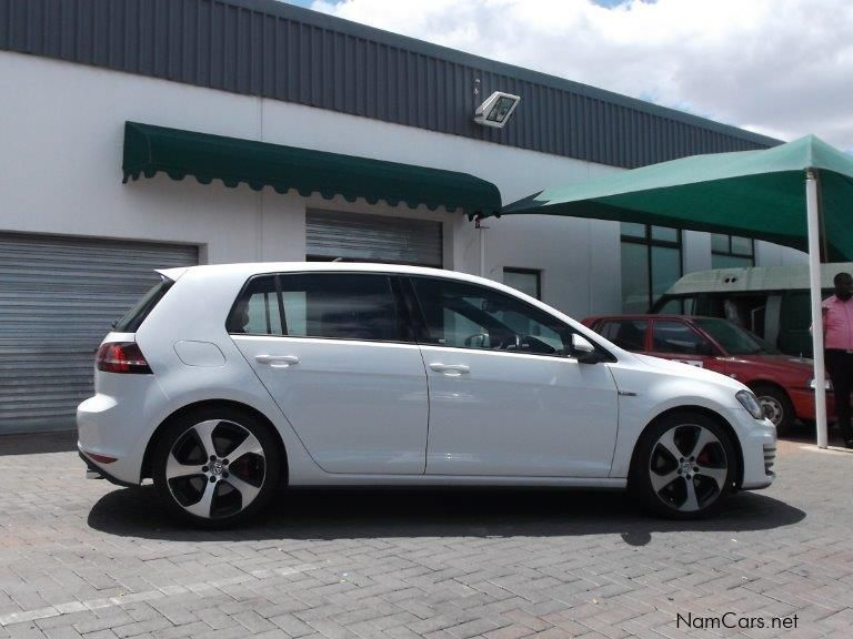 used volkswagen golf vii gti 2 0 tsi dsg 2013 golf vii. Black Bedroom Furniture Sets. Home Design Ideas