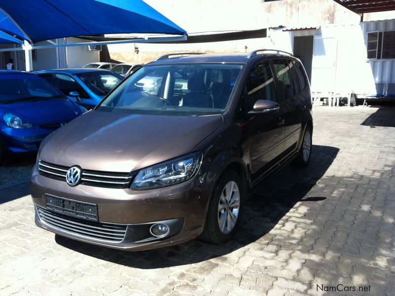 used volkswagen touran 1 4t 2013 touran 1 4t for sale. Black Bedroom Furniture Sets. Home Design Ideas