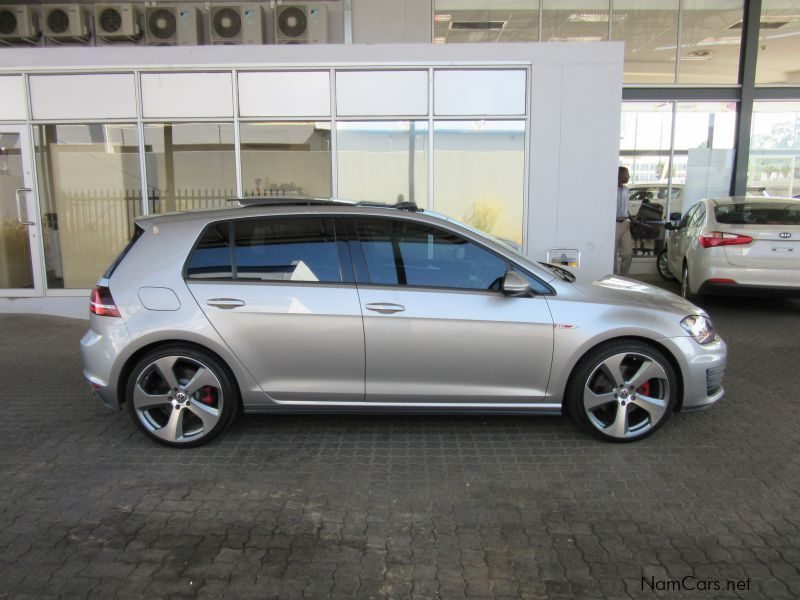 used volkswagen golf vii gti dsg 2014 golf vii gti dsg. Black Bedroom Furniture Sets. Home Design Ideas