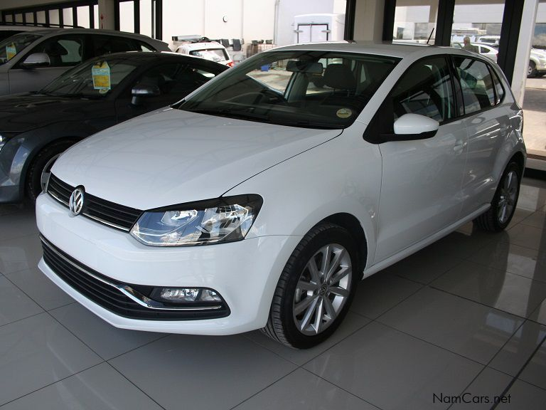 used volkswagen polo 1 2 tsi dgs highline 2014 polo 1 2 tsi dgs highline for sale windhoek. Black Bedroom Furniture Sets. Home Design Ideas
