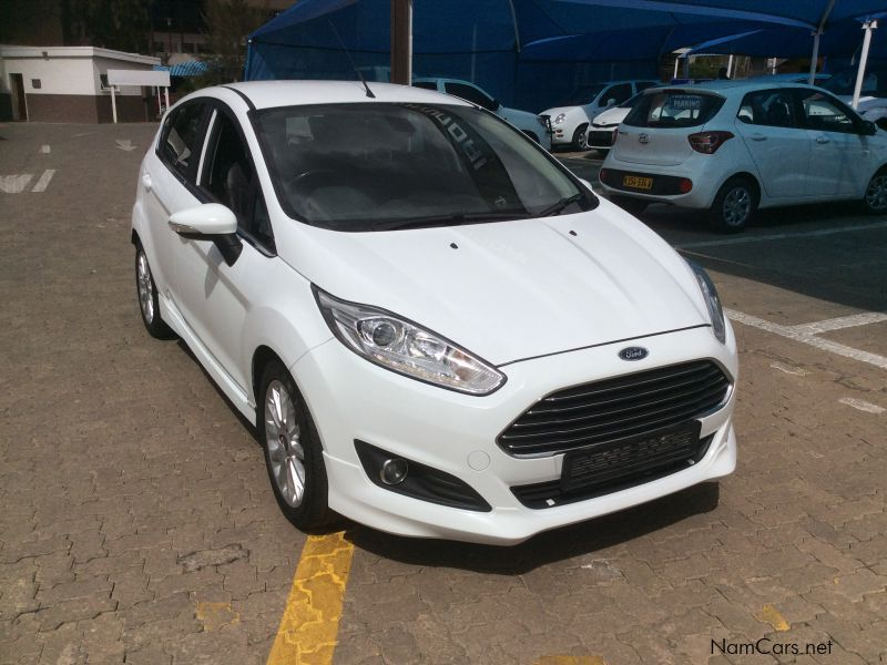 used ford fiesta 1 0 ecoboost titanium powershift 2015 fiesta 1 0 ecoboost titanium powershift. Black Bedroom Furniture Sets. Home Design Ideas
