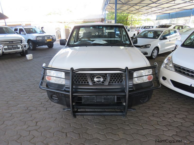 Nissan NP 300 2000 LWB in Namibia