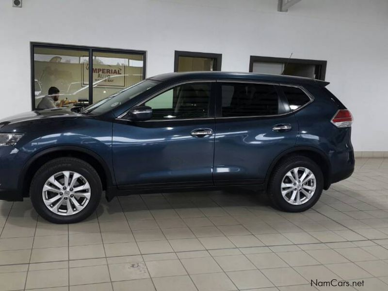 used nissan nissan x trail 2 0 xe 2015 nissan x trail 2 0 xe for sale walvis bay nissan. Black Bedroom Furniture Sets. Home Design Ideas