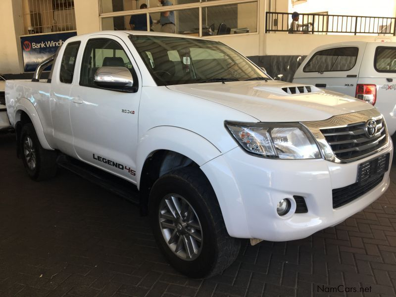 used toyota hilux 3 0 d4d legend 45 extended cab 2015 hilux 3 0 d4d legend 45 extended cab for. Black Bedroom Furniture Sets. Home Design Ideas