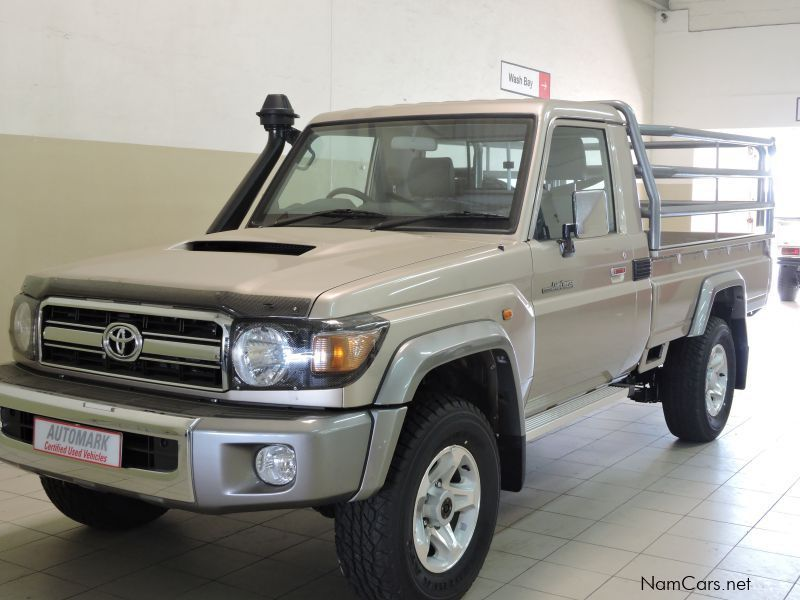 Used Toyota Land Cruiser V8 | 2015 Land Cruiser V8 for sale ...