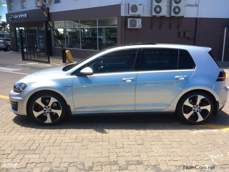 used volkswagen golf 7 gti dsg 2015 golf 7 gti dsg for. Black Bedroom Furniture Sets. Home Design Ideas