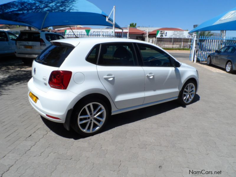 used volkswagen polo 1 2 tsi highline 81 kw 2015 polo 1 2 tsi highline 81 kw for sale. Black Bedroom Furniture Sets. Home Design Ideas