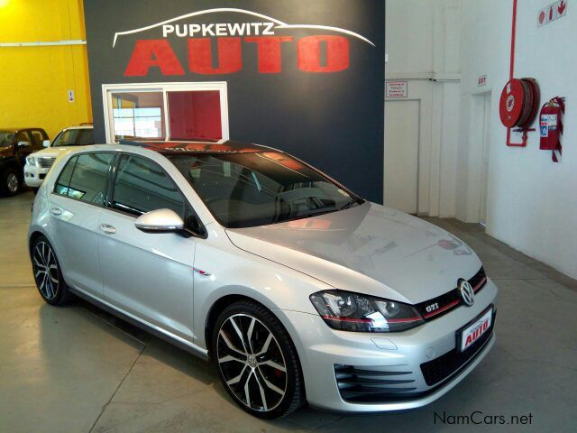 used volkswagen golf 7 gti dsg 162 kw 2016 golf 7 gti dsg 162 kw for sale windhoek. Black Bedroom Furniture Sets. Home Design Ideas