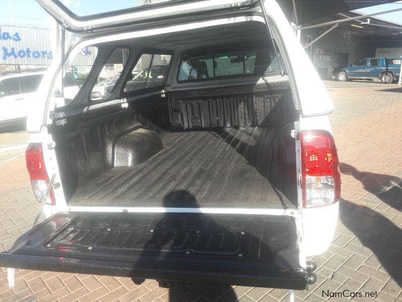 Used Toyota HILUX 2.0 VVTI LWB