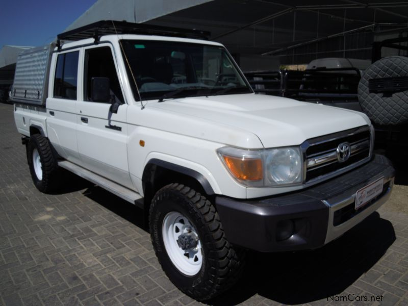 Pre-owned Toyota LANDCRUISER 4.2 DIESEL D/CAB 4X4 for sale in